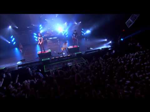 All Time Low - Six Feet Under The Stars (Live From Straight To DVD)