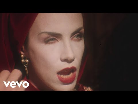 Annie Lennox - Walking On Broken Glass