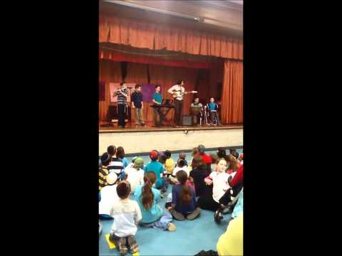 Torah Academy Middle School Boys Band 5773- Original Purim Song
