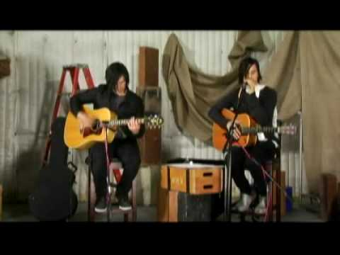 30 Seconds To Mars - Message in a Bottle (The Police) acoustic