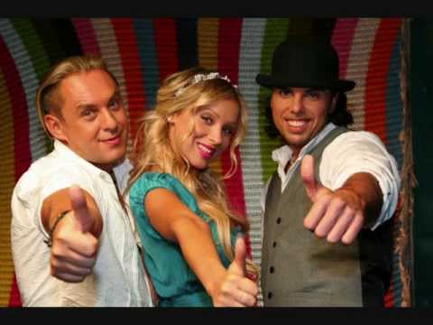 АРИНА и РАЗМЕР  project. My MOSCOW LOVE .на Di Fm. wmv