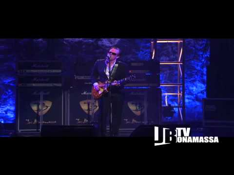 Joe Bonamassa - Midnight Blues Live at the Beacon Theatre