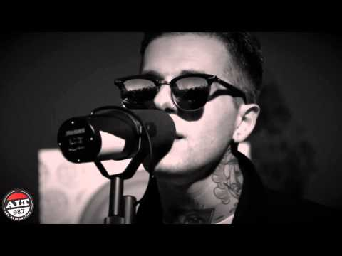 "The Neighbourhood ""Afraid"" Live Rooftop Performance"